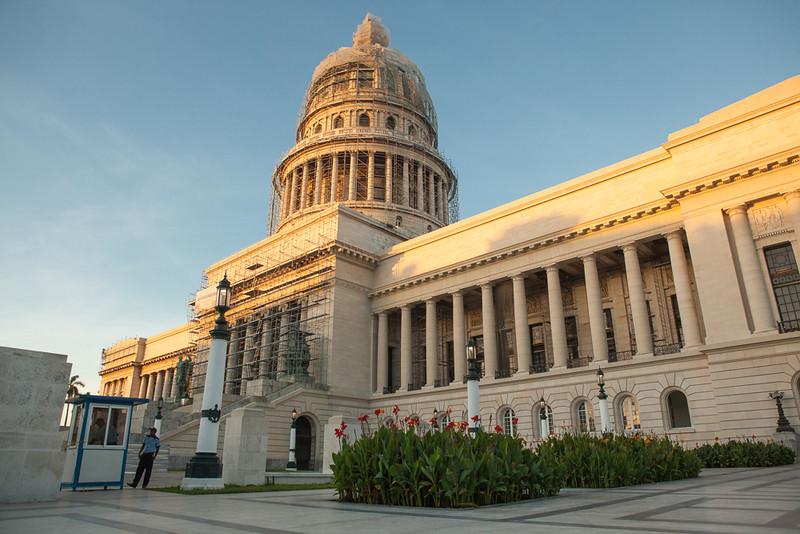 El Capitolo, National Capitol building, Havana.