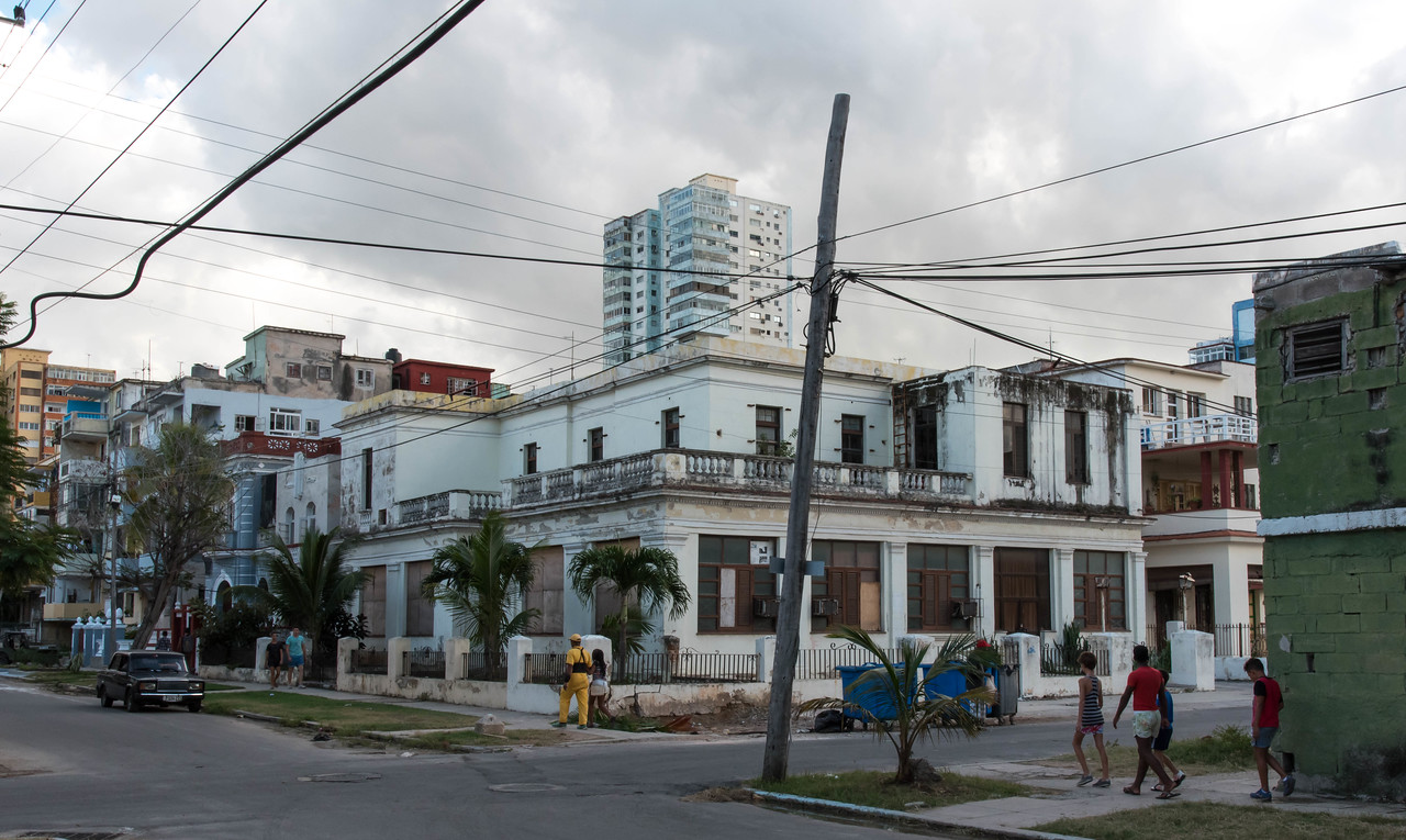 Neighborhood around Hotel in havana