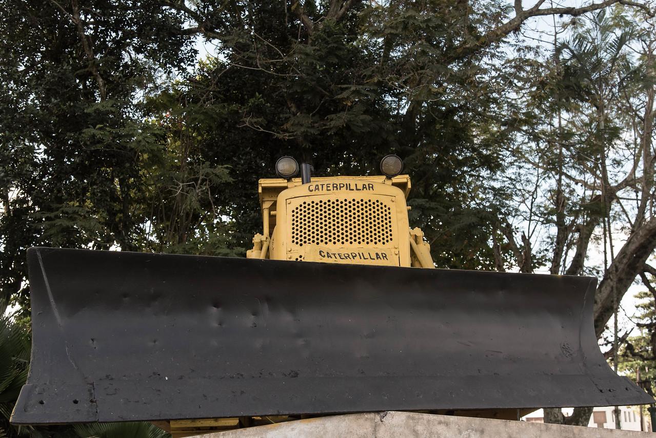 The borrowed Caterpillar buldozer