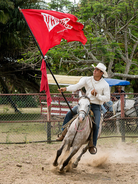 Rodeo start at the King Ranch, Cuba