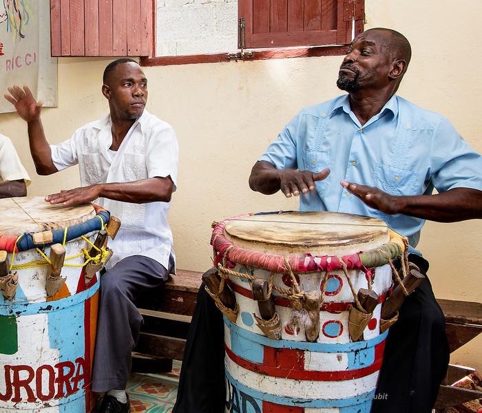 Pompadour drummers--Tumba Francesa.