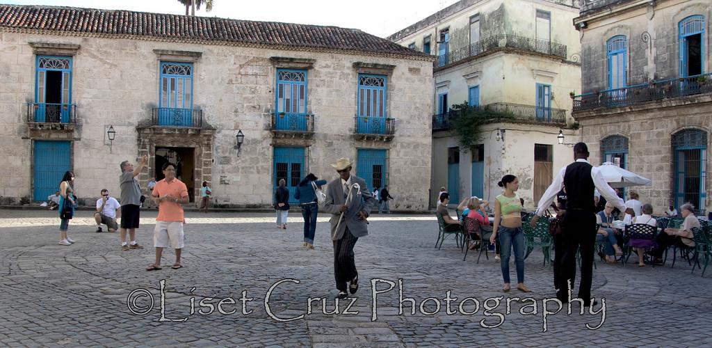 Cathedral Square, Old Havana..  Havana, Cuba.