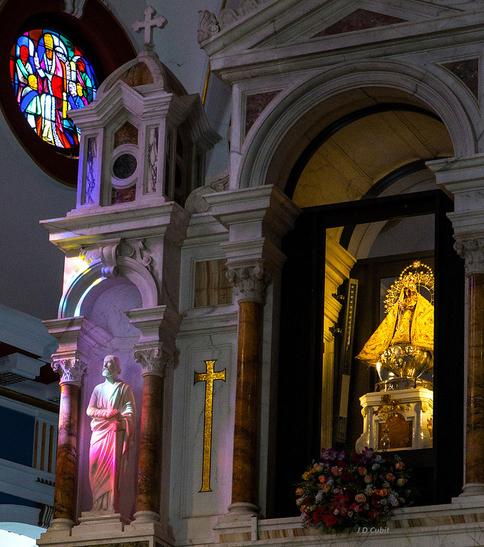 Portion of the basilica's altar with the enshrined figure of  Nuestra Señora de la Caridad del Cobre.