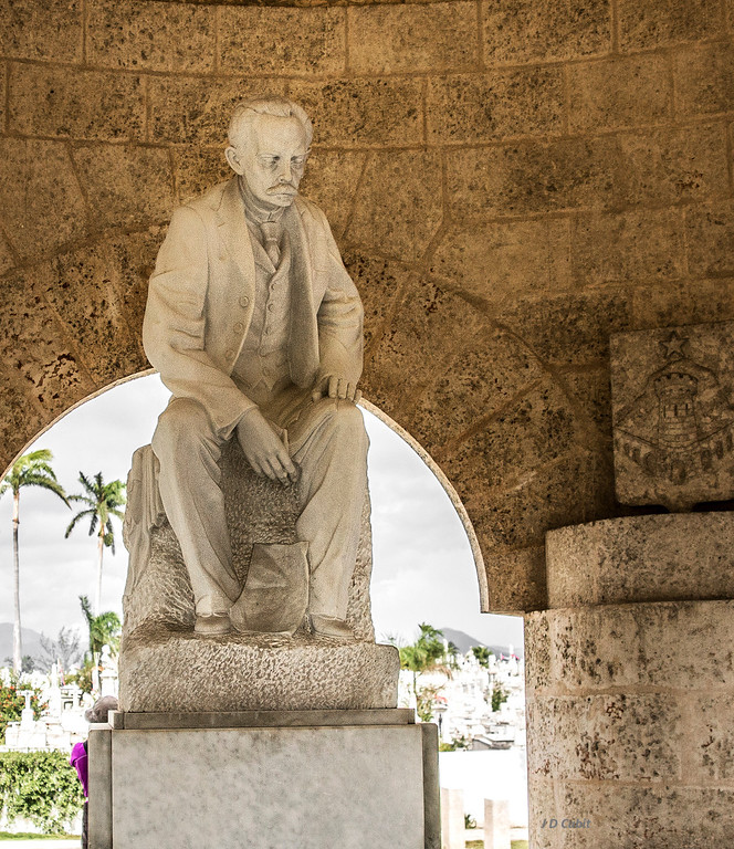Statue of José Marti at his mausoleum, Santiago de Cuba. He is one of Cuba's greatest heroes.  In addition to fighting for Cuban independence from Spain, he wrote poems, essays, philosophy, and political theory.  His international efforts helped galvanize the support that eventually made Cuba free from Spanish rule.  In 1895 he died in battle against the Spanish.