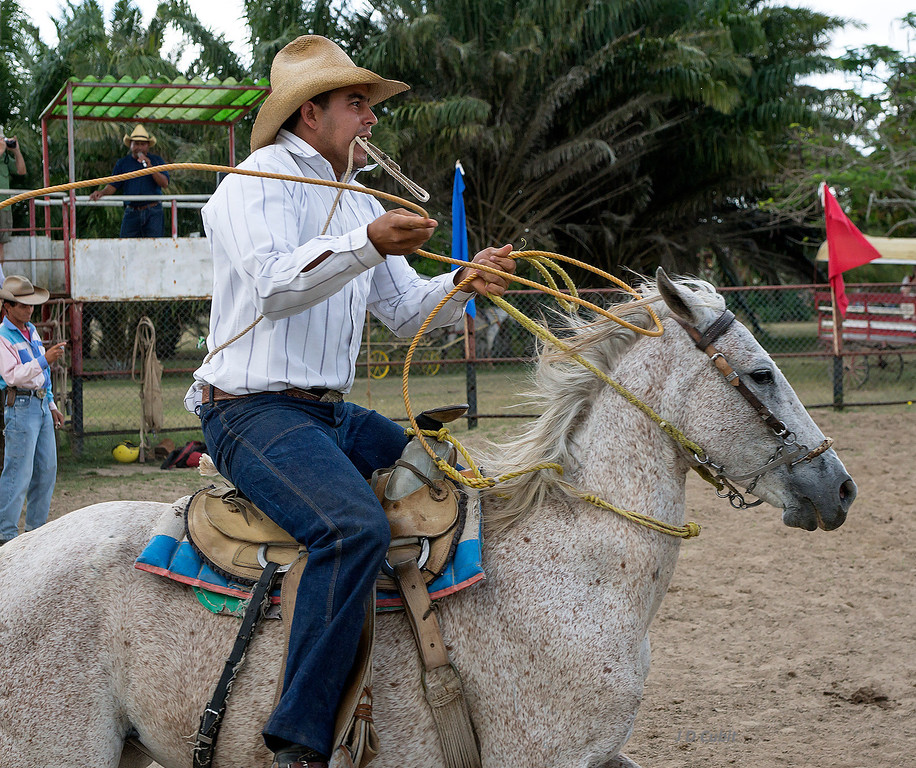 Roping event