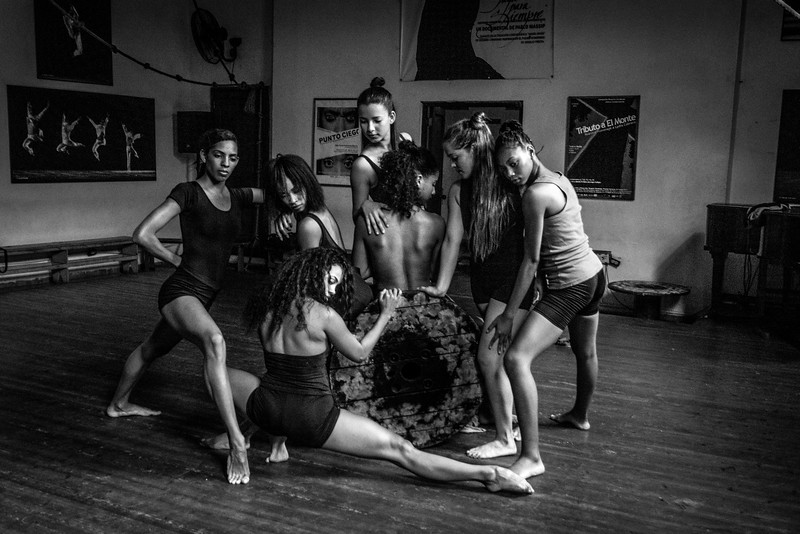 Havana. Dancers from the emerging dance troupe Danza Combinatoria performed especially for our group to experience and photograph.