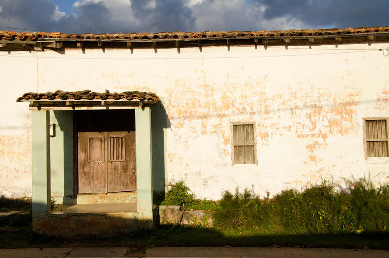 Cuba wall.jpg