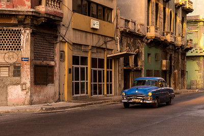 old Chevrolet, old building early morning, Old Havana
