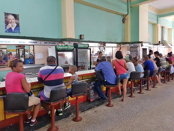Exploring Havana - Variedades Obispo