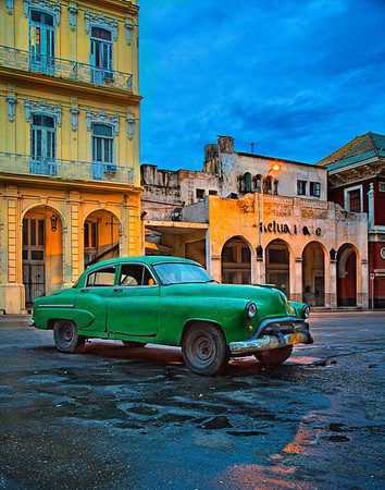 dawn in old havana