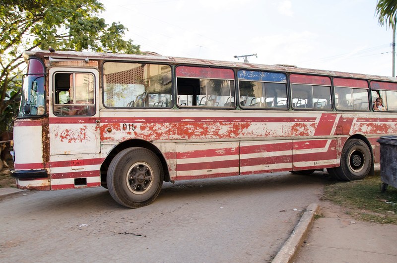 Vinales bus.jpg