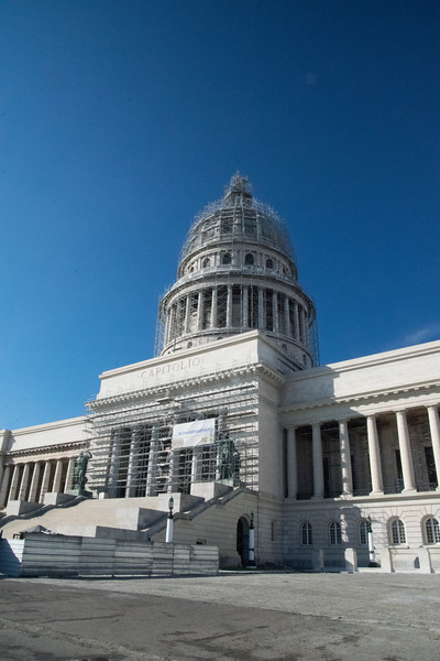 Opened in 1929, the Cuban capitol is smaller than its U.S. counterpoint overall but it is taller and its dome is bigger. Inside are massive granite stairs and a gigantic Egyptian onyx statue of a maiden warrior that symbolizes the republic. An extensive renovation is expected to be completed in 2017.