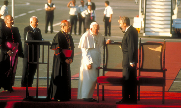 Cuban President Fidel Castro greets Pope John Paul II, upon landing at the José Martí airport in Havana, Cuba, January, 1998.