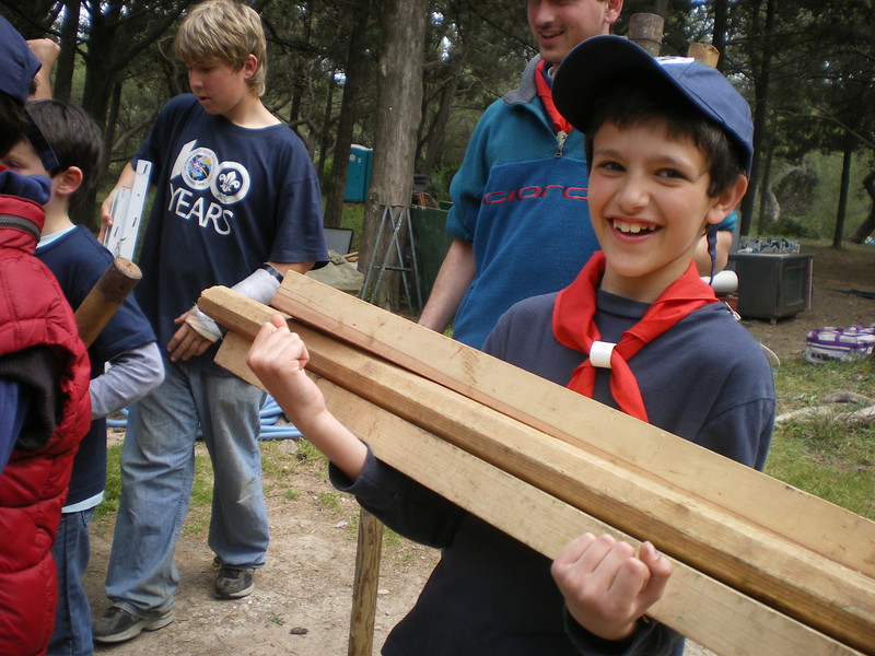 Tom carrying poles