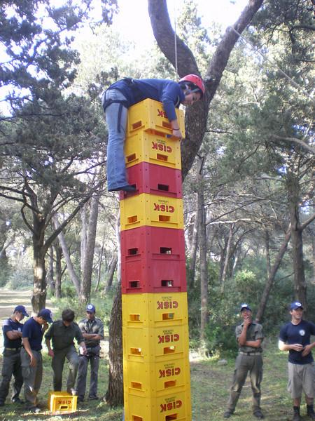 Rama manages to climb 14 crates!