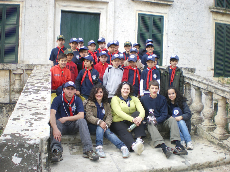 Pack group pic...just outside the main door of the Palace