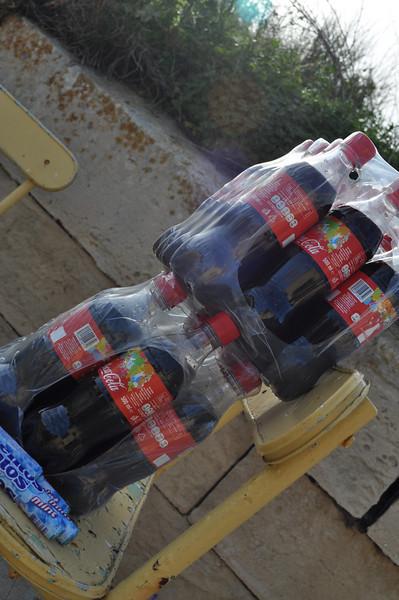 hmmm I wonder what coke and mentos do??