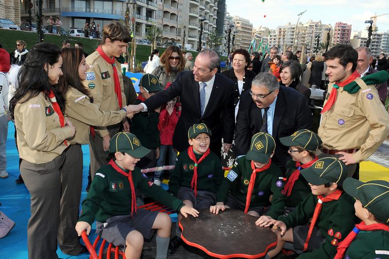 Raksha meeting Prime Minister Lawrence Gonzi during the inauguration - Photo: DOI