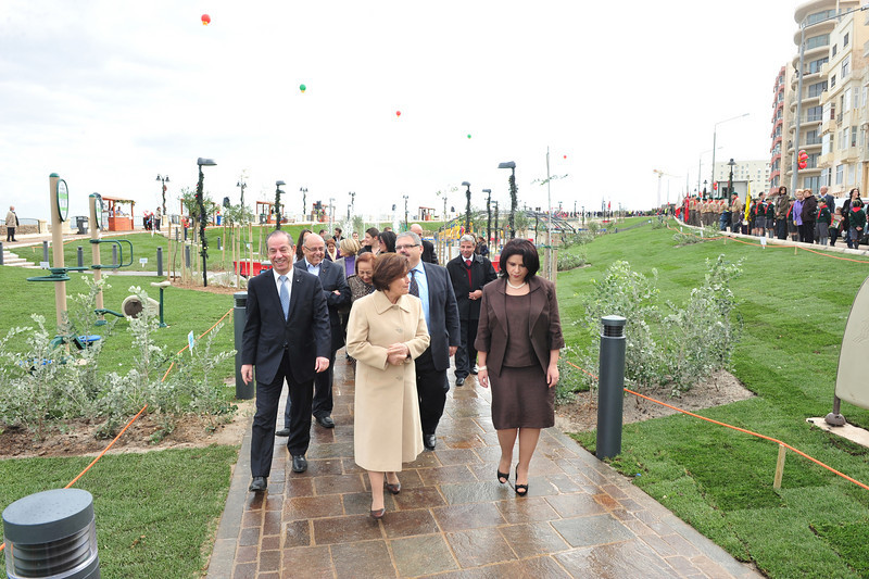 walking to open the new park with the Sliema Scouts at sides - Photo: MRRA