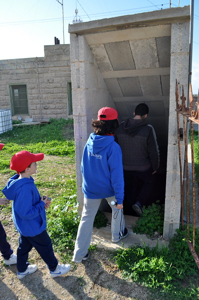 After lunch and dessert, the Cubs had the chance to experience visiting the war shelters under the Mellieha Campsite.