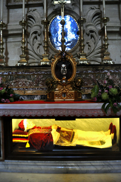 Pope Pio IX original burial clothes and above, his original silver face mould donated by the Vatican since Pope Pio IX was the one who started the diocese in Gozo