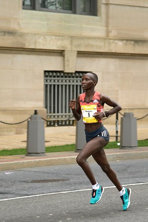 Women's Winner Rosemary Wanjiru Approaches the Finish, 2019 Credit Union Cherry Blossom Ten Mile Run - photo by Team Mallet