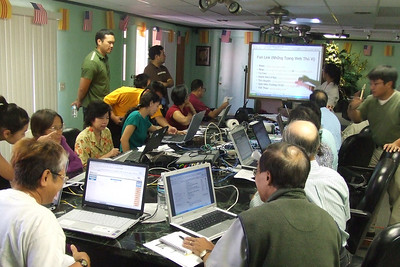 Computer Basics for Monolingual Vietnamese Adult 2006