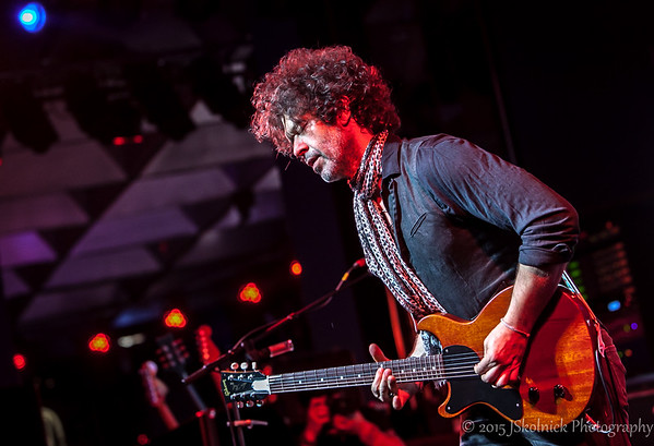 9/12/15 Doyle Bramhall II at the Cutlure Room