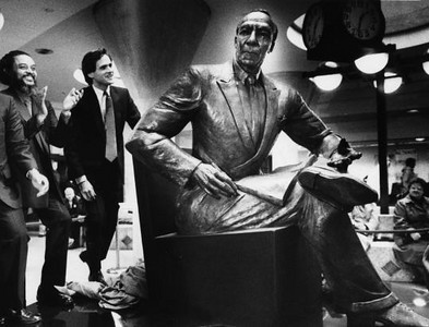 A Phillip Randolph FROM : boston.com http://www.google.com/imgres?imgurl=http://cache.boston.com/resize/bonzai-fba/Globe_Photo/2008/09/14/1221450440_0536/539w.jpg&imgrefurl=http://www.boston.com/bostonglobe/obituaries/articles/2008/09/15/tina_allen_created_sculptures_of_black_activists/&usg=__Ue4lsPuidobQ3wCIEtZxAXXmsgU=&h=411&w=539&sz=38&hl=en&start=0&sig2=gj2hxB8nuCkjGDybz1Ogdg&zoom=1&tbnid=1lT6YzIPWU1GdM:&tbnh=131&tbnw=172&ei=C86UTbibGcSBtgf-vLznCw&prev=/images%3Fq%3Da%2Bphilip%2Brandolph%2BsCULPTURE%26um%3D1%26hl%3Den%26safe%3Doff%26client%3Dfirefox-a%26rls%3Dorg.mozilla:en-US:official%26biw%3D1013%26bih%3D596%26tbs%3Disch:1&um=1&itbs=1&iact=hc&vpx=133&vpy=283&dur=999&hovh=196&hovw=257&tx=160&ty=90&oei=C86UTbibGcSBtgf-vLznCw&page=1&ndsp=15&ved=1t:429,r:5,s:0