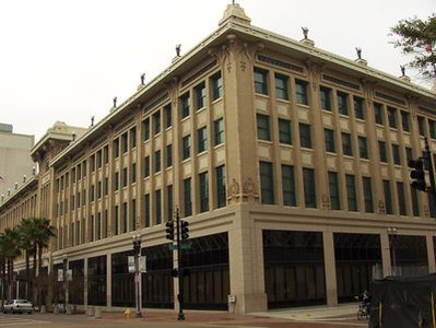 National Register of Historic Places NRIS #76000594 Built 1911-12 Architect: H. J. Klutho Opened 1912 (former site of St. James Hotel) Cohen's Brothers Dept. Store (1912-1958) May Cohens Dept. Store (1958-1987) Jacksonville City Hall (1997-) 117 West Duval Street Jacksonville, Florida