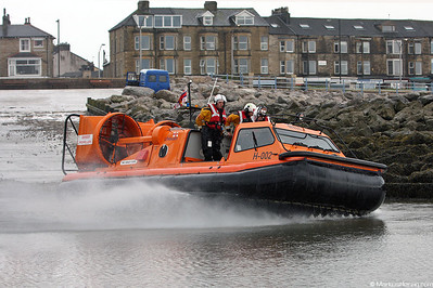 H-002 Griffon 470SAR of RNLI Lifeboats @ Morecambe England 6Aug08
