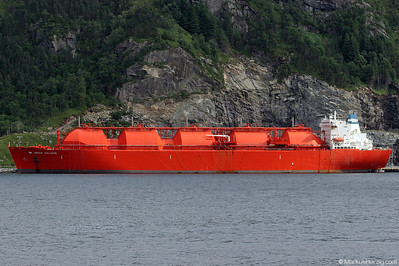 Liquefied Natural Gas Carrier HOEGH GALLEON @ Maloy Norway 19Jul07