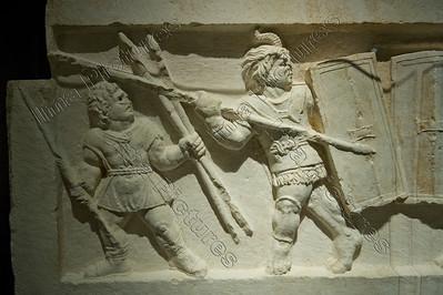 Gladiatoren,relief grafe,graf reliëf,tombe,2 bustuari 100-150BC ,Scoppito