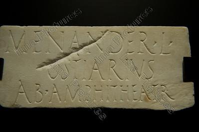 Gladiatoren,tombstone of Statillius Taurus porterof the amfitheatre in Rome,grafsteen van portier amfitheater,tombe
