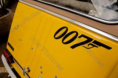 Bond 2CV