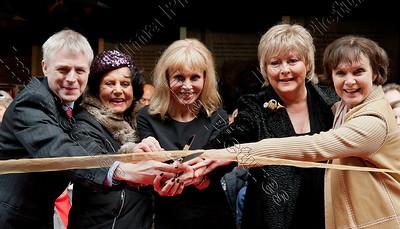 opening Bond in motion exposition,Ralph -ontegu,Eunice Gayson,Britt Ekland,Jenny Hanley,Madeline Smith,Great Britain,Groot-Brittannië,Grande Bretagne,James Bond,007
