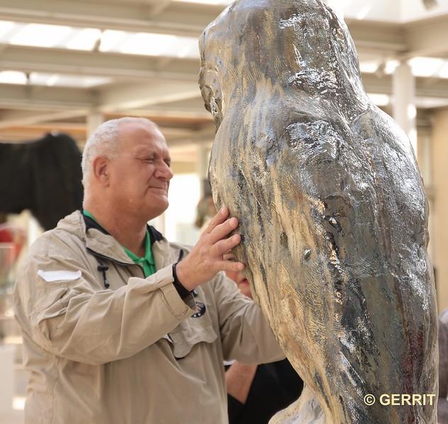 Museum Beelden aan Zee. Johan Creten: Naakte Wortels