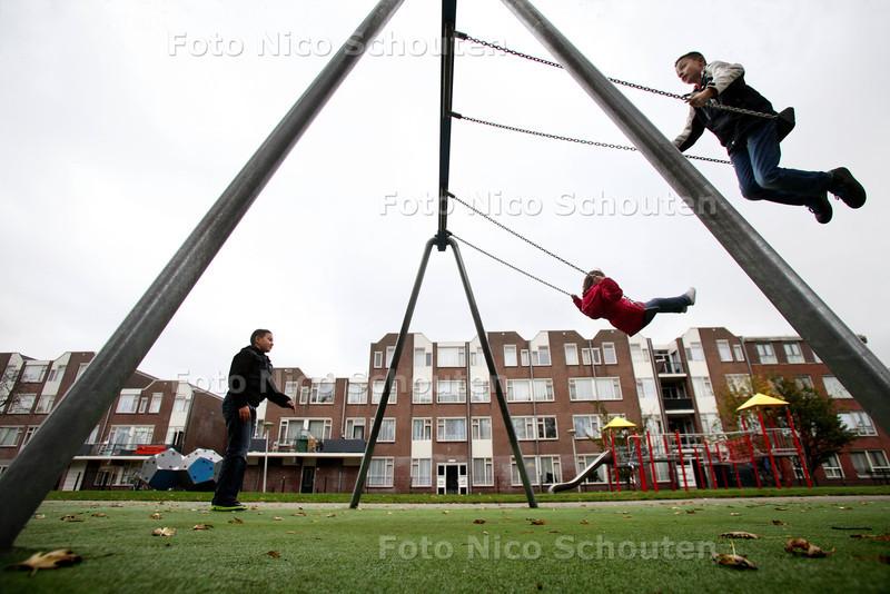 Speelterrein aan/bij Teniersplantsoen - DEN HAAG 7 NOVEMEBR 2012 - FOTO NICO SCHOUTEN