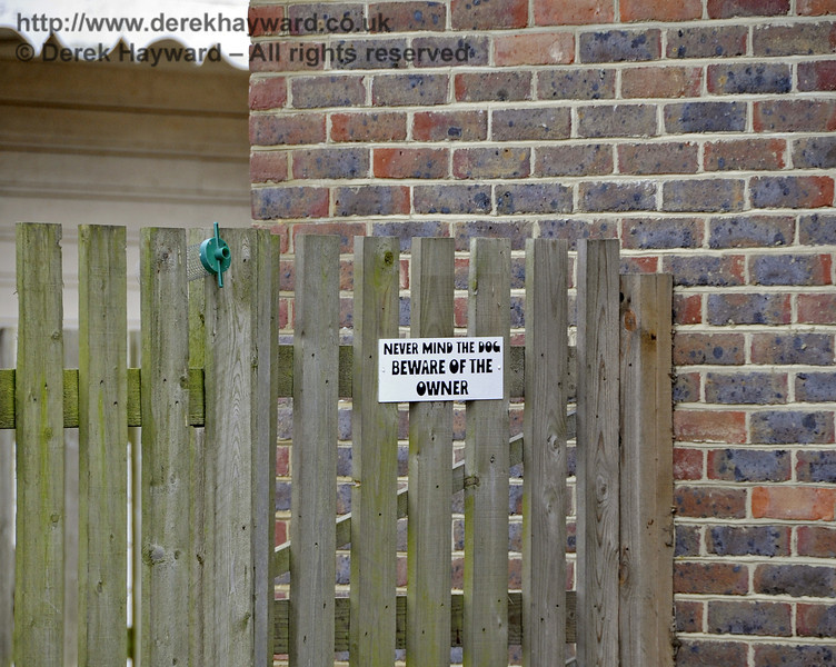 The owner of Barcombe Mills station values his privacy.  Don't say we didn't tell you....  03.04.2013  6568