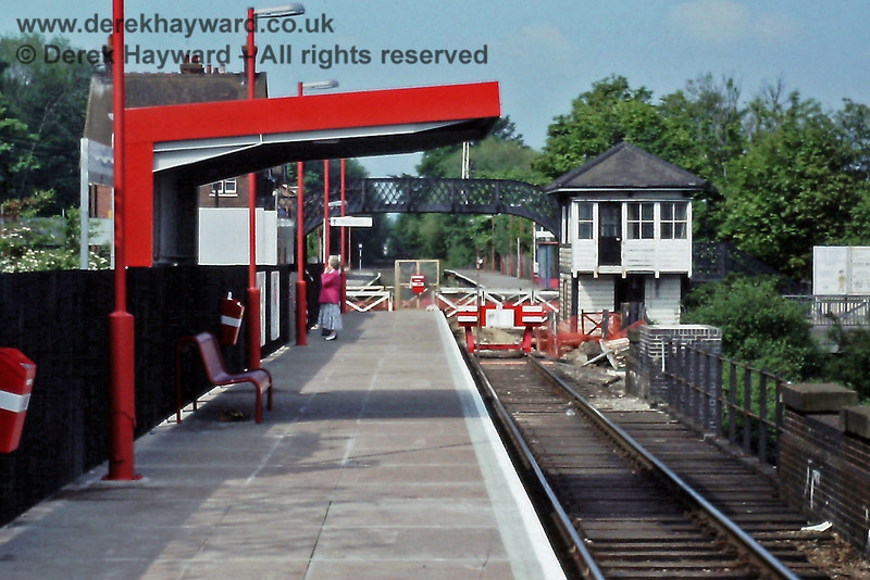 When the old station at Uckfield closed a replacement was built on the northern side of the main road.  Some would say that it was grossly inadequate. This is the end of the line on 25.05.1991.  Eric Kemp retains all rights to this image.