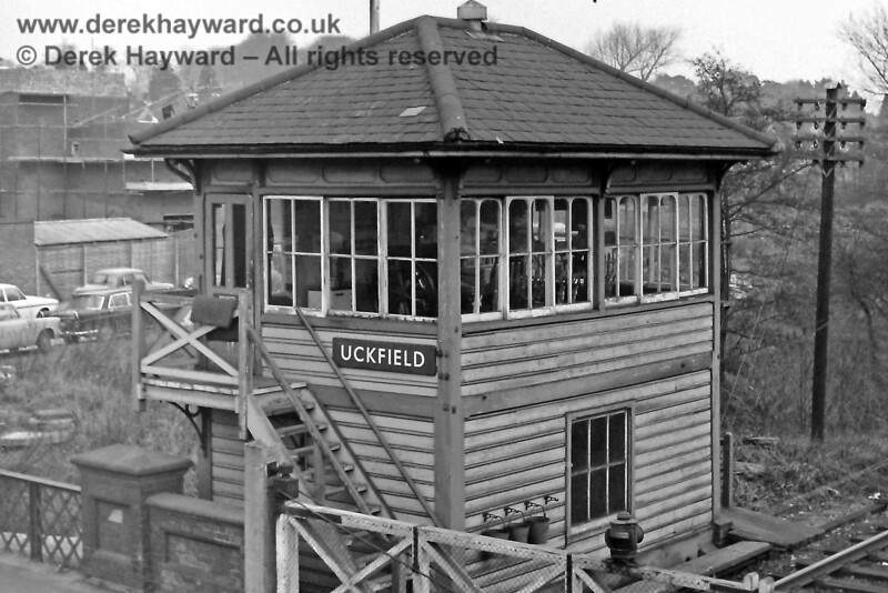 Uckfield Signal Box, photographed a year later, on 30.12.1969.  Eric Kemp retains all rights to this image.