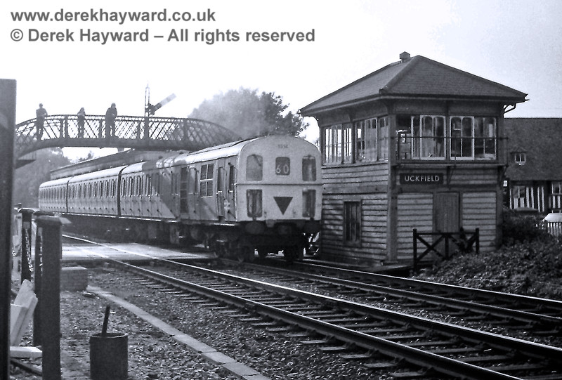 1314 departing from Uckfield on the 17:12 to Victoria on Saturday 18.09.1976.  Eric Kemp retains all rights to this image.