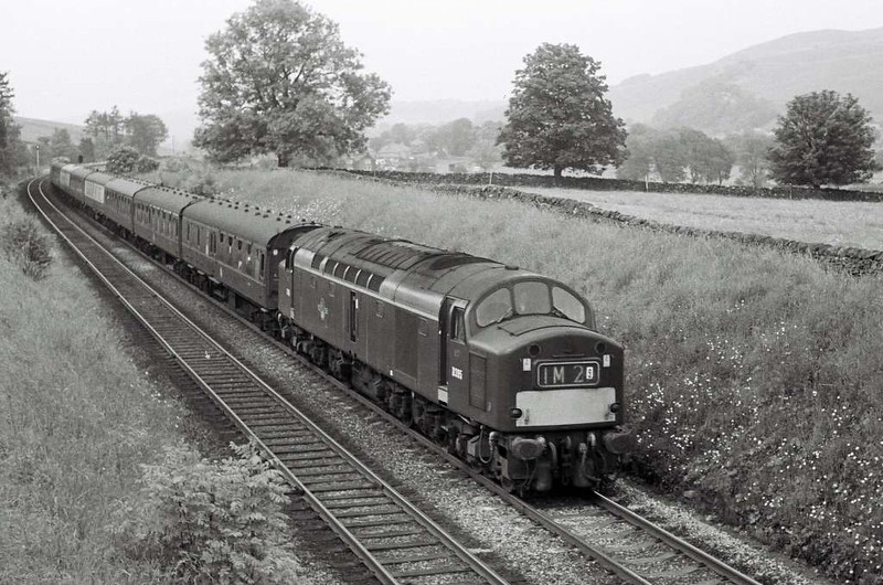 D395, 1M29, approaching Settle Junction, April - May 1967.  The Glasgow - Manchester train diverted off the WCML.