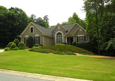 Nichols Creek Cumming GA Neighborhood Of Homes (10)