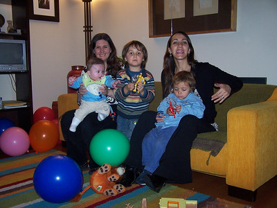 Primera invitacion a un cumple de niño! / First birtday party!