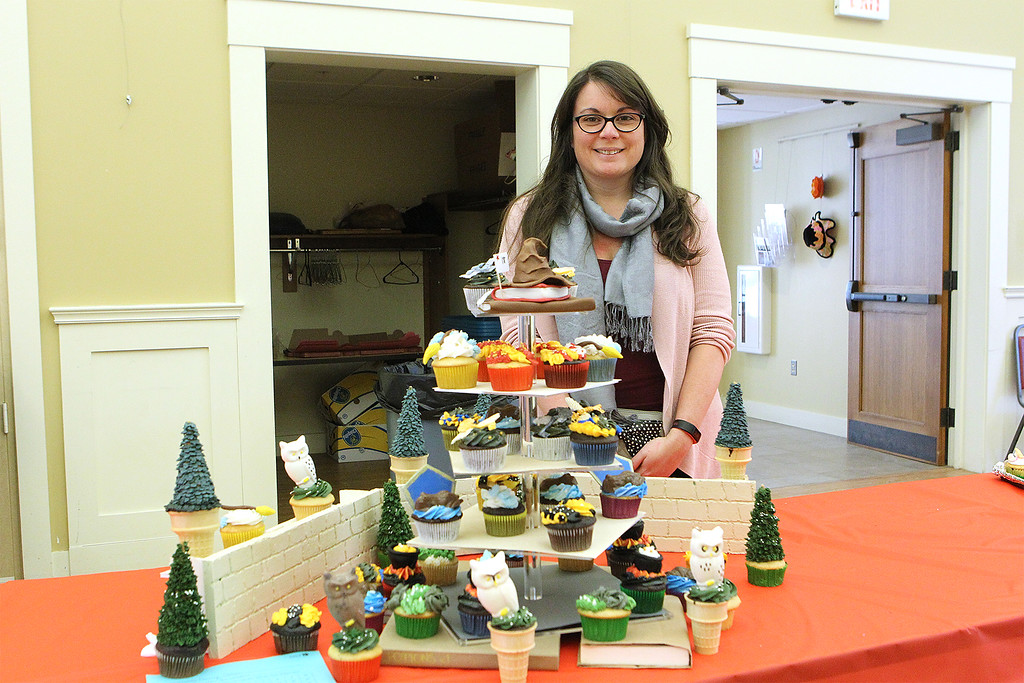 . Nicole Simeone from Clinton her Harry Potter cupcake design SENTINEL&ENTERPRISE/Scott LaPrade
