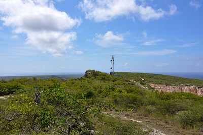 Antennae of the Dutch Navy is also on the Tafelberg