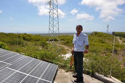Solo di pueblo, Radio Hoyer on the Tafelberg