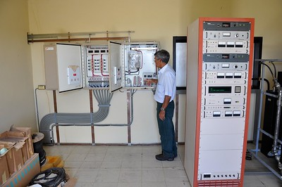 Inside the control room of Radio Hoyer�s Tafelberg Solar powered installation