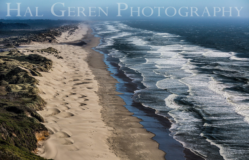 Dunes and Waves<br /> Oregon Mid-Coast<br /> 1608O-W1